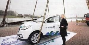 Waterstofauto voor bestuurders en ambtenaren in Arnhem